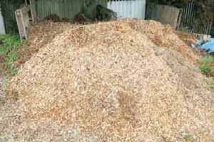 pile of shredded wood chips