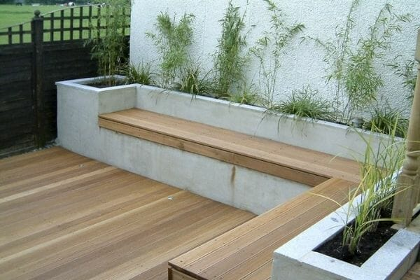 Picture of planter with bult in bench